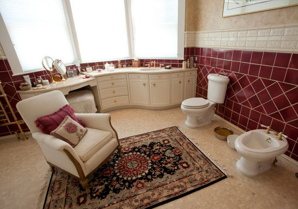 12 Home Staging Fails So Bad You Have to See Them to Believe 'Em